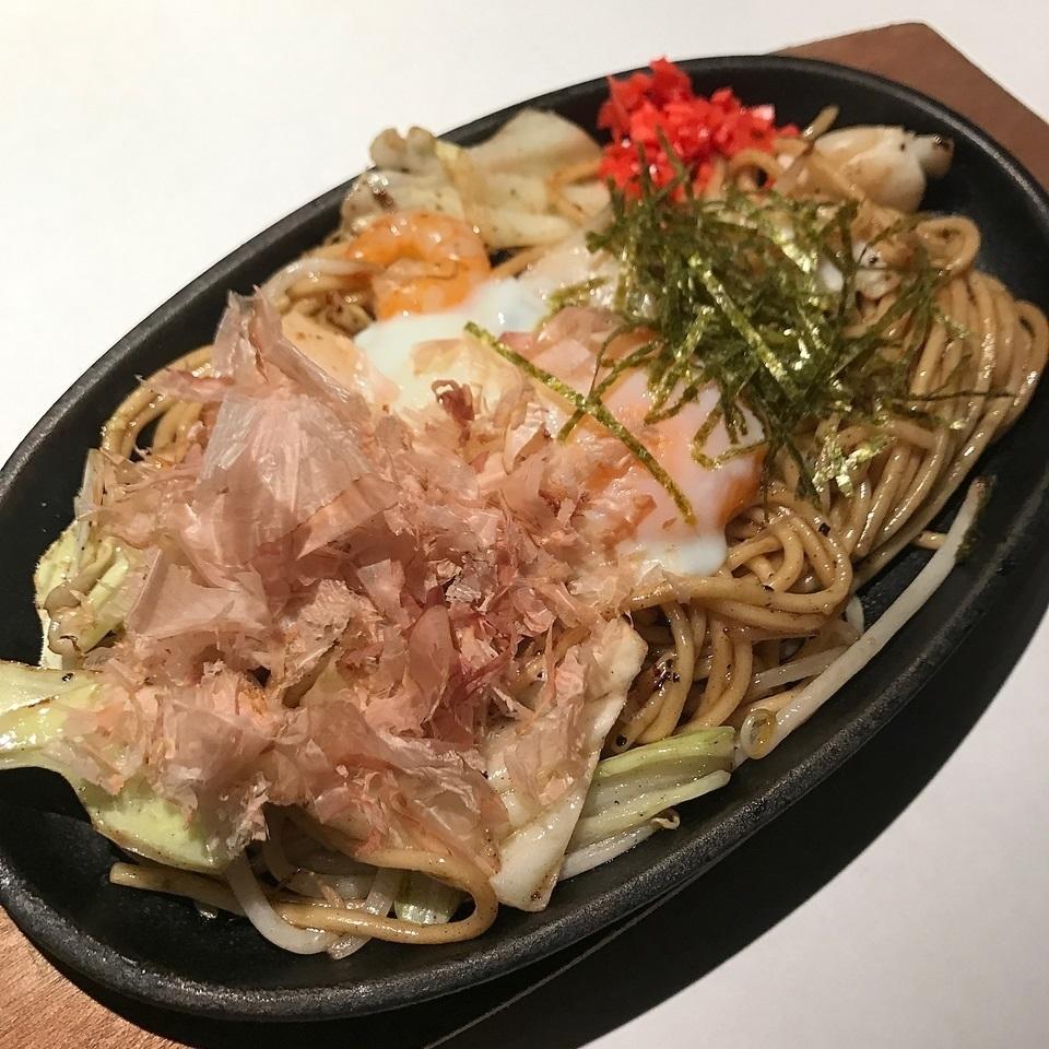 Salt-grilled soba pork / seafood