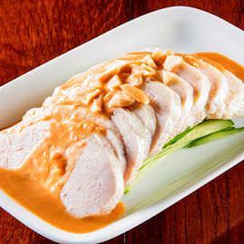 蒸し鶏  (棒棒鶏/四川よだれ鶏)