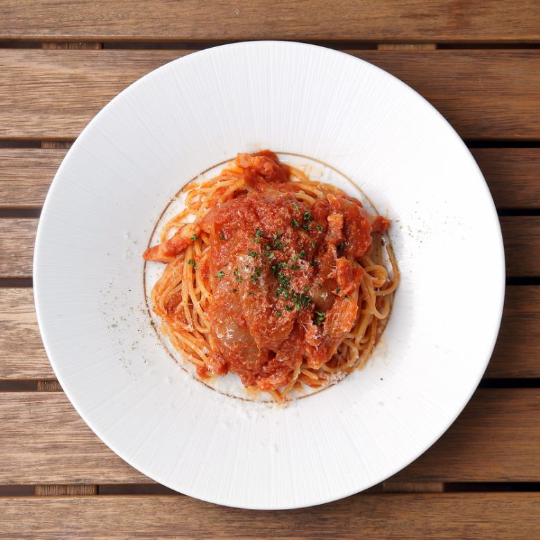 Pancetta and roasted onion Amatriciana spaghettini