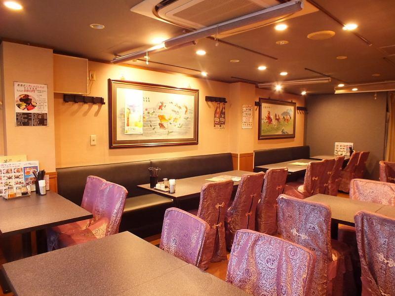 高田馬場は学生の街。もちろん、学生セットなどもご用意してます。そんな気軽に本格中華が気軽に楽しむ事ができる人気の1階!テーブル席で楽しくおいしい食事の時間を。