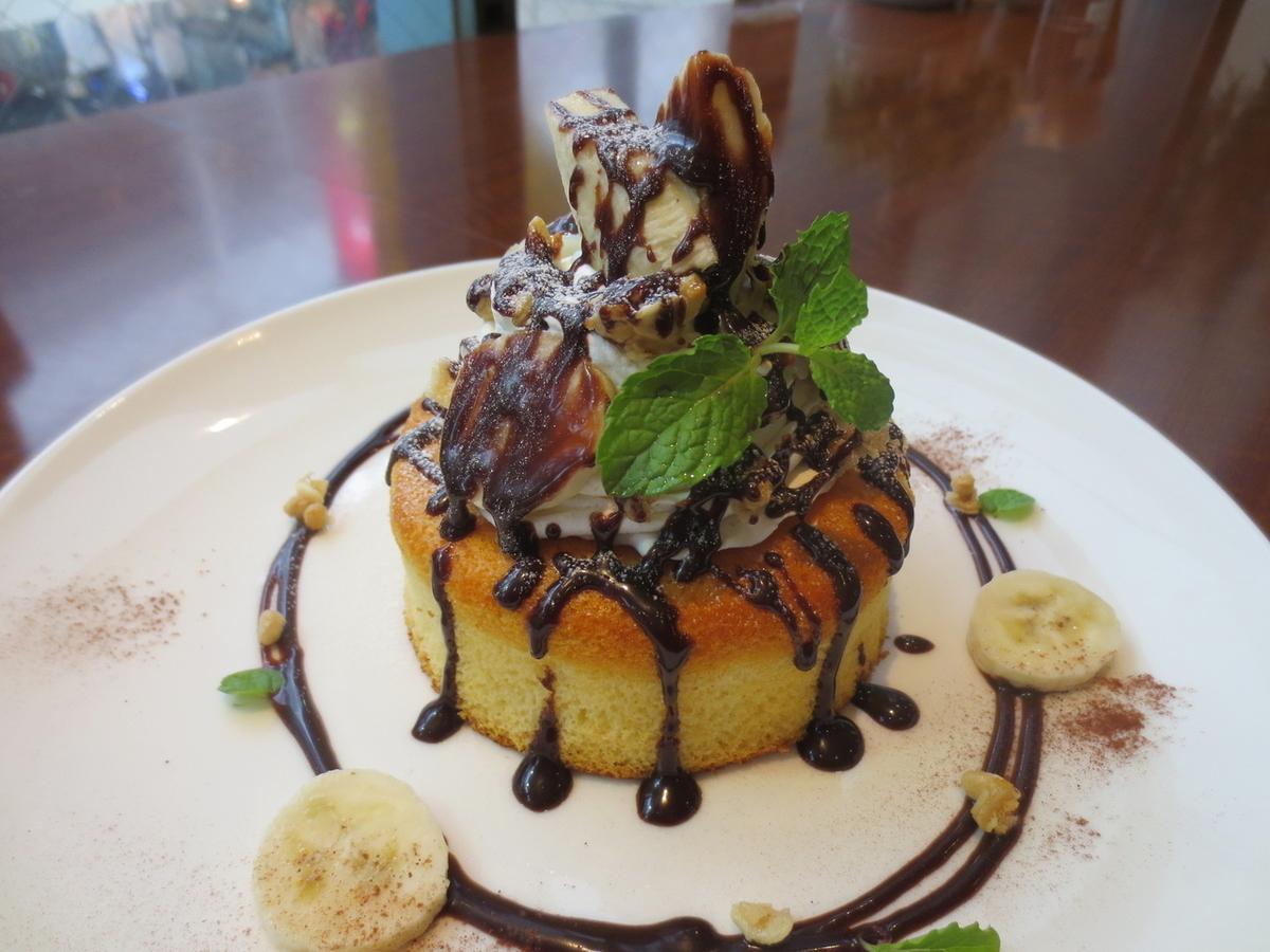 Choco Banana Soufle Pancake / Salt Caramel Souffle Pancake