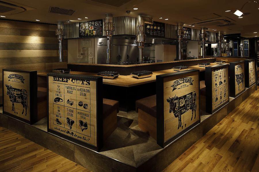 焼肉店で半個室☆すだれ使用すれば個室感覚に♪♪周りを気にせずワイワイお食事できます!清潔感満点でとってもきれいな店内で、お食事をお楽しみください。