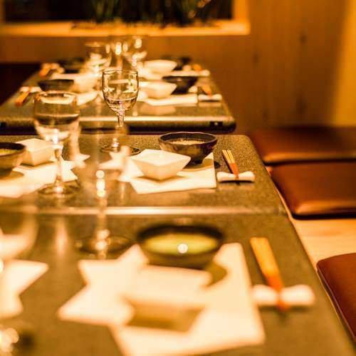 当店では、様々なコース料理、お席、サービスをご用意しております。お客様の心に残る一夜をお手伝いさせていただきます!