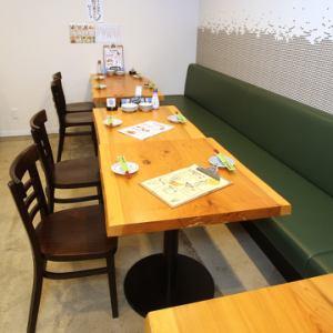我们还提供沙发座椅,可以连接和用于各种宴会