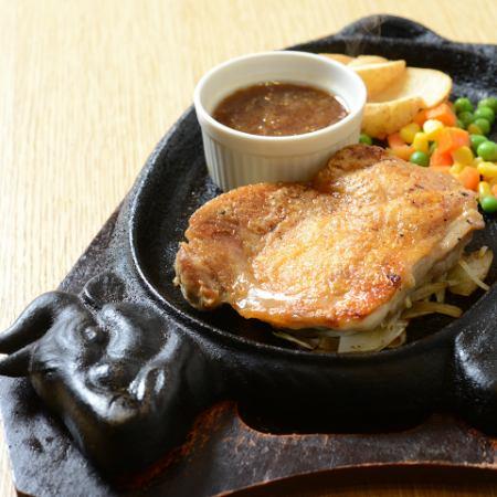雞肉牛排(270克)
