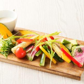 農園野菜のガーデンバーニャカウダ