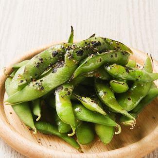 黒焼き枝豆のガーリックアンチョビソテー
