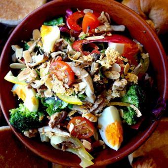 たっぷり三浦野菜のミックスサラダ