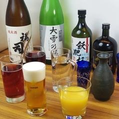 All-you-can-drink with no time limit/food for 1580JPY! Choose from over 100 items, including fresh fish, shabu-shabu, takoyaki, and skewered cutlets