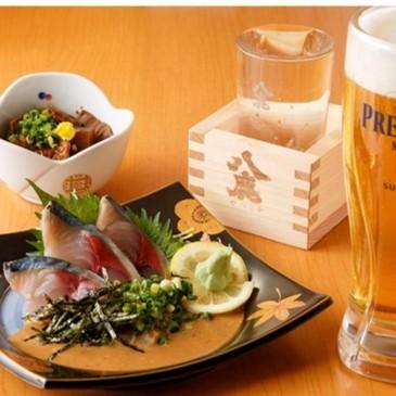 新鮮な魚を使ったお料理は品ぞろえ◎のお酒との相性抜群