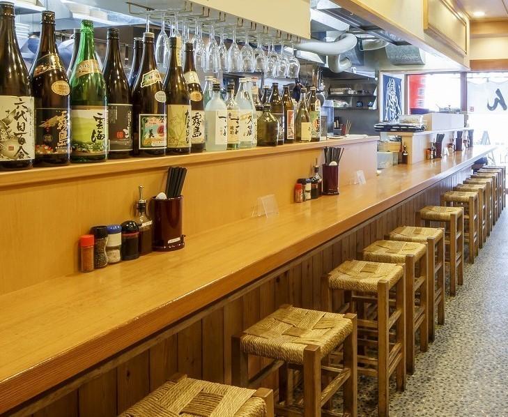 大将が厳選した日本酒を店内に数多くご用意!