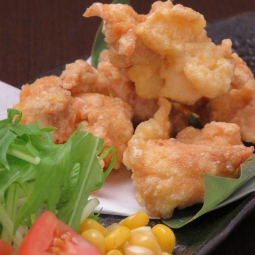 鶏の唐揚げ(4個)