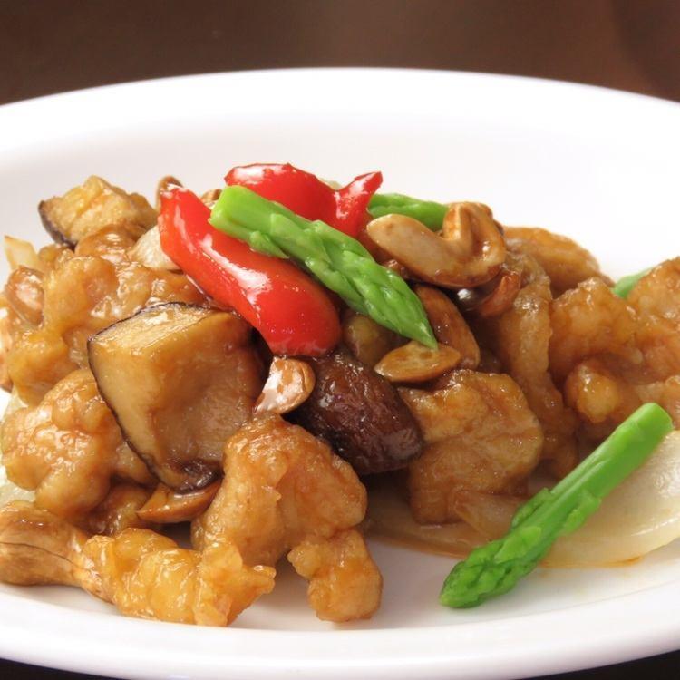 鶏肉と野菜のカシューナッツ炒め