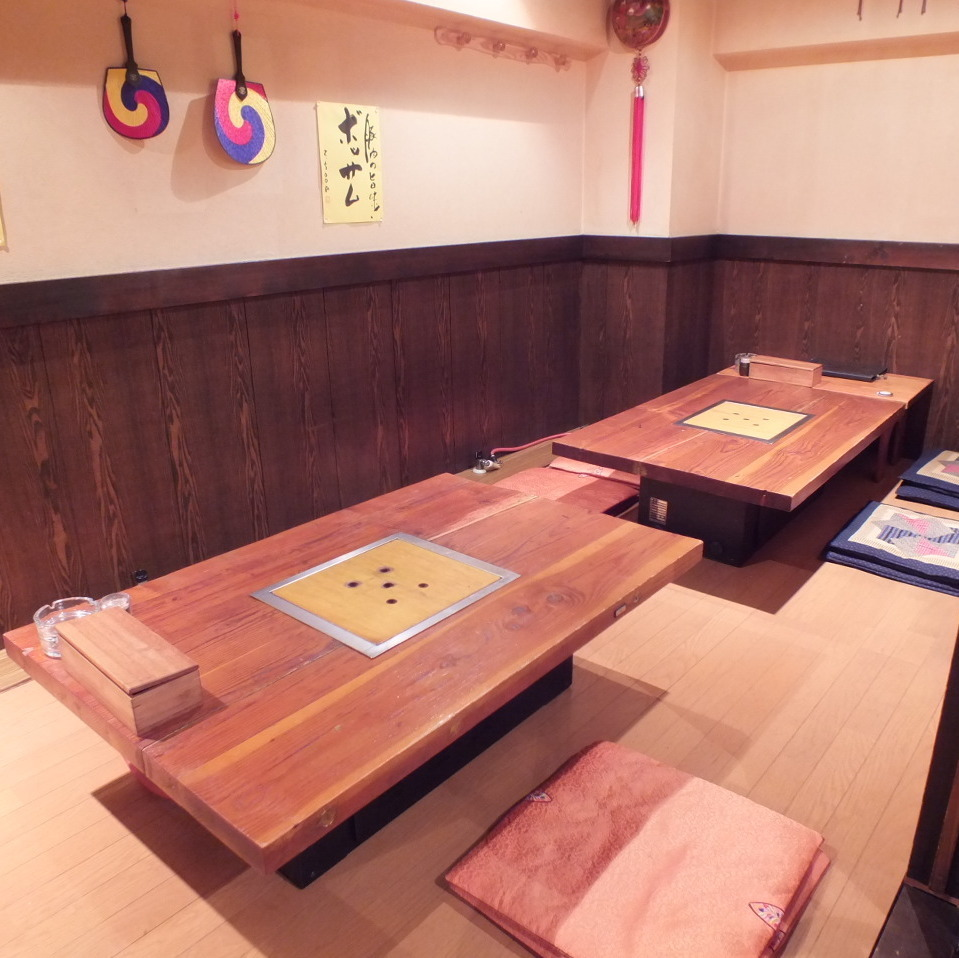 For the private, banquet, you can also use the Kaiseki seats