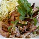 泰國草藥和雞肉配碎肉沙拉(S號)