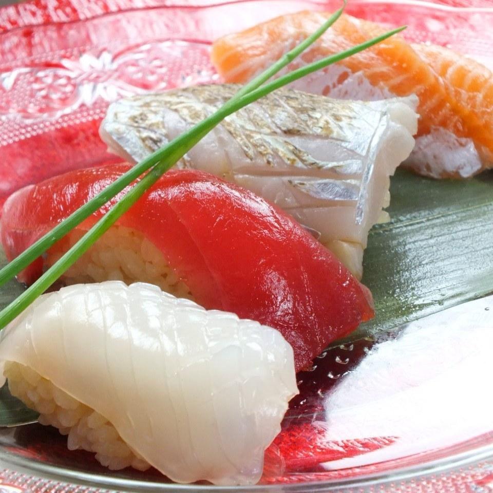 Tuna / bonito / yellowtail (each one)