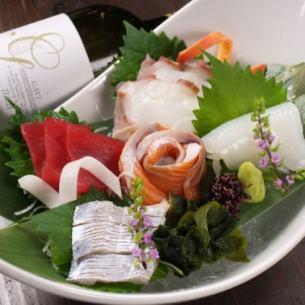 Assortment of sashimi (5 varieties)
