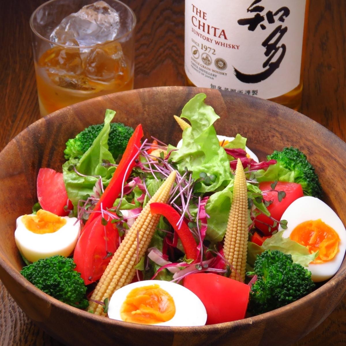 SHIPS salad ~ daily ~