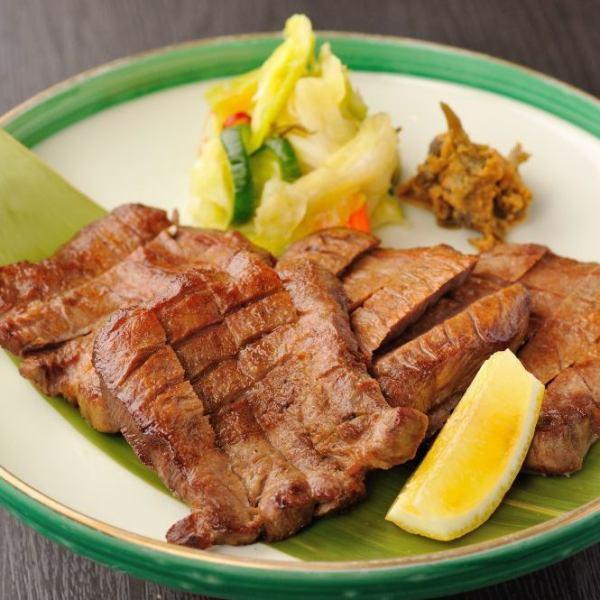 仙台牛肉棕褐色