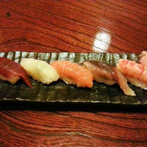 おまかせにぎり寿司5巻