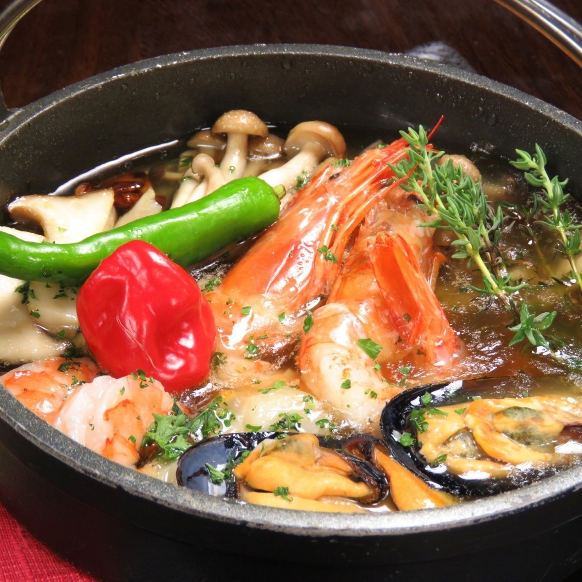 海鮮和蘑菇ahijo