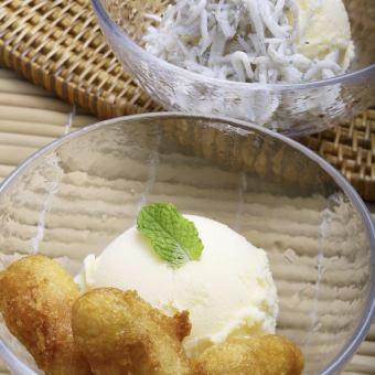 土佐ジローのバニラアイス(そのままバニラ/しらすバニラ/芋天バニラ)