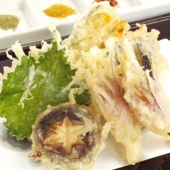 本日のおまかせ天盛り(季節の野菜五種盛/海鮮五種盛)