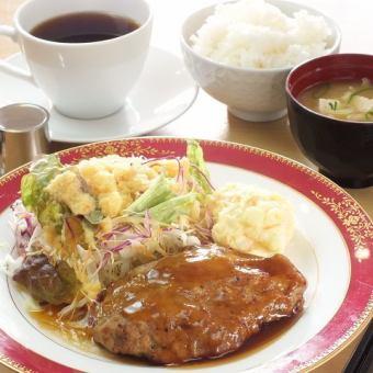 ★お得な日替わりランチ★700円~♪