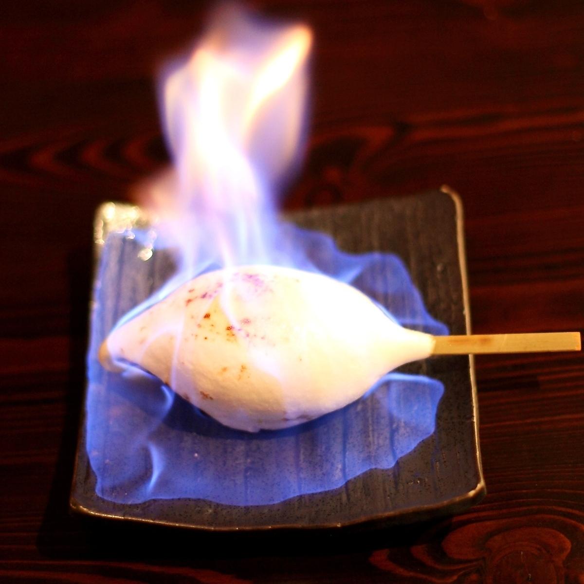 「ハイカラ名物」アイスクリーム串焼き