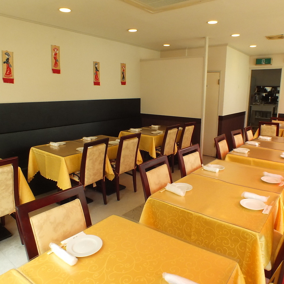 【2nd Floor】 By combining private rooms and hall seats on the 2nd floor floor, it is possible to rent for up to 70 people.※ When the second floor private room is full, only hall seats can be reserved for 20 people ~.You can use it in a single room sense.(Yokohama Chinatown all-you-can-eat private room)