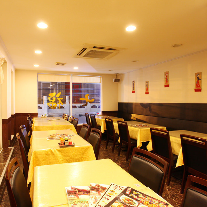 【2nd Floor Chart】 The 2nd floor floor can be reserved for up to 70 people by matching the private and hall seats.※ When the second floor private room is full, only hall seats can be reserved for 20 people ~.You can use it in a single room sense.(Yokohama Chinatown all-you-can-eat private room)