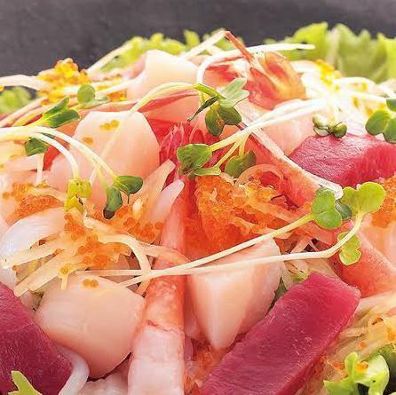 海鮮サラダ(わさびドレッシング)