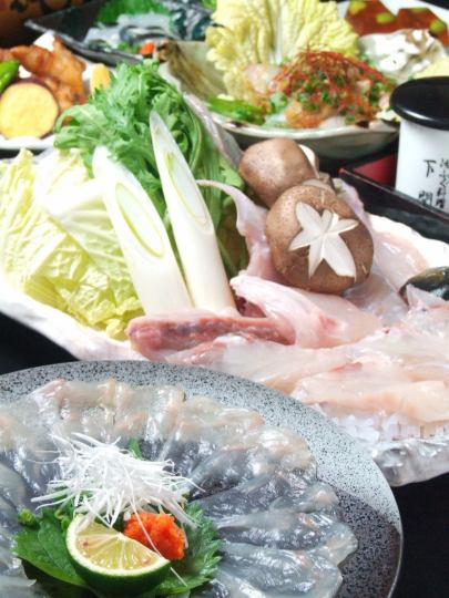 ★ Recommended! All 8 items ★ Fugu full-course course 6264 yen ⇒ 5500 yen (100 minutes drinking attachment is 6500 yen) ※ Even small groups OK
