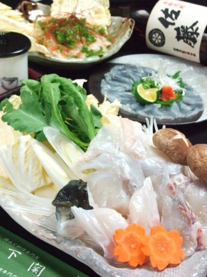 Monday - Thurs only ★ At a banquet ◎ All 7 items ★ Fugu Sankei course 5184 yen ⇒ 4500 yen (100 minutes drinking attachment is 5500 yen) ※ Small number of people OK