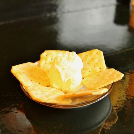 藏王奶酪(含饼干)