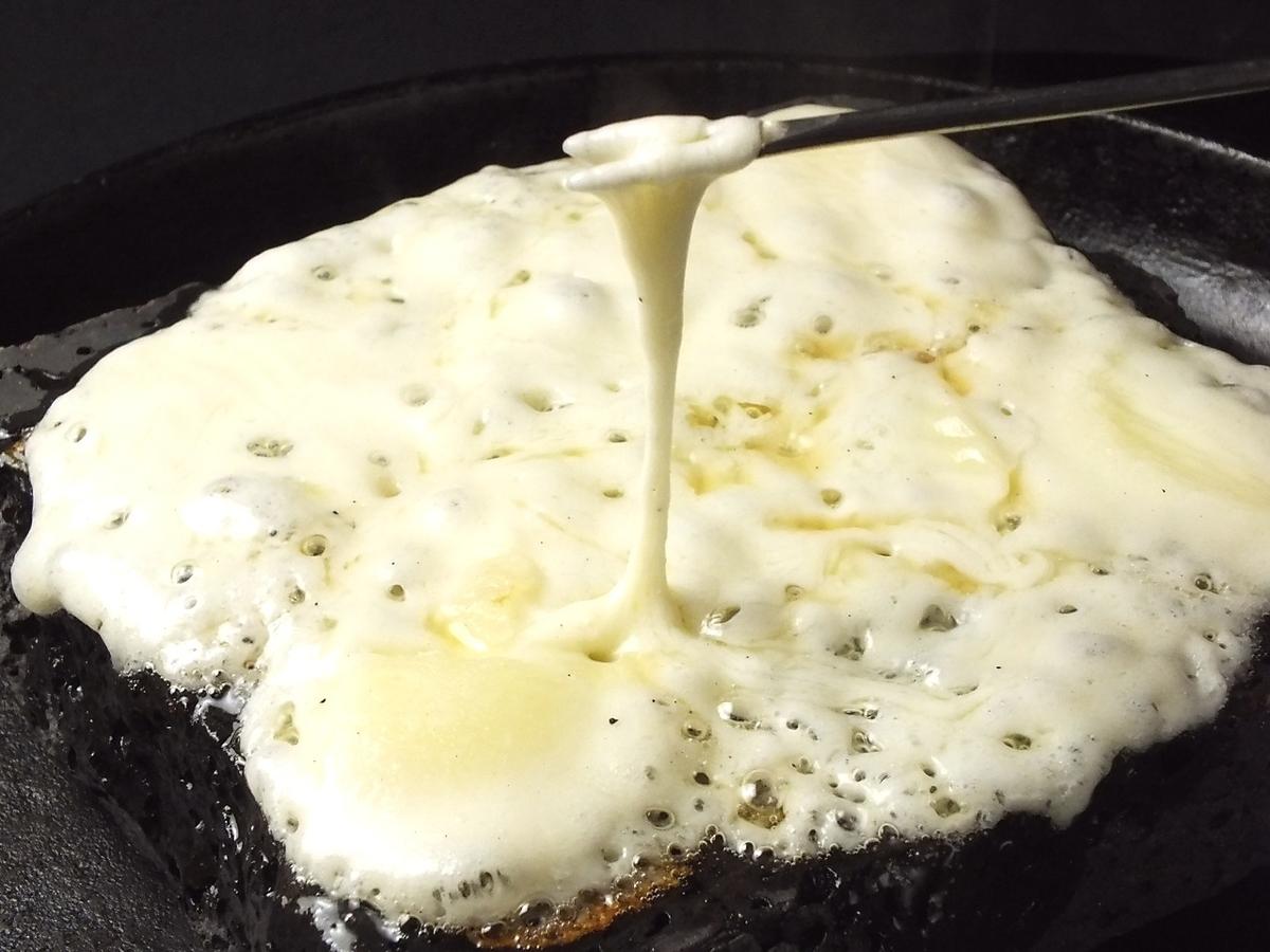高級チーズの溶岩焼き