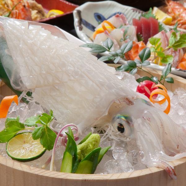품질과 신선도에 확실한 보증! 살아 구조 · 생선회를 맛 본다면 유스케가! 취지를 최대한 발휘하는 조리법 제철의 소재를 신고 !!