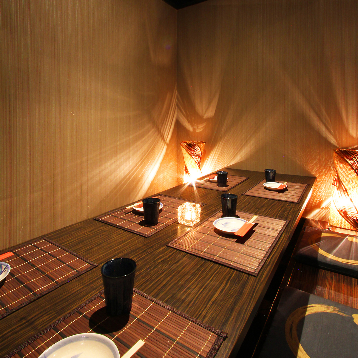 The commitment private room is fully equipped with 200 seats in all