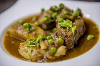 [SECO DE RES]牛肉的草本植物燉