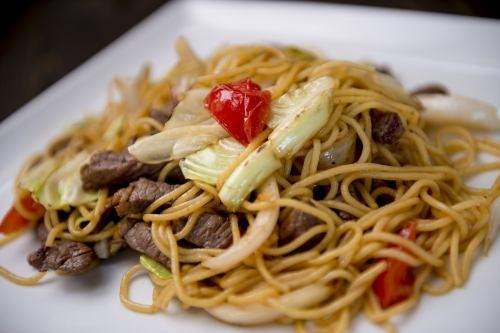 [TALLARIN SALTADO] 焼きスパゲッティ