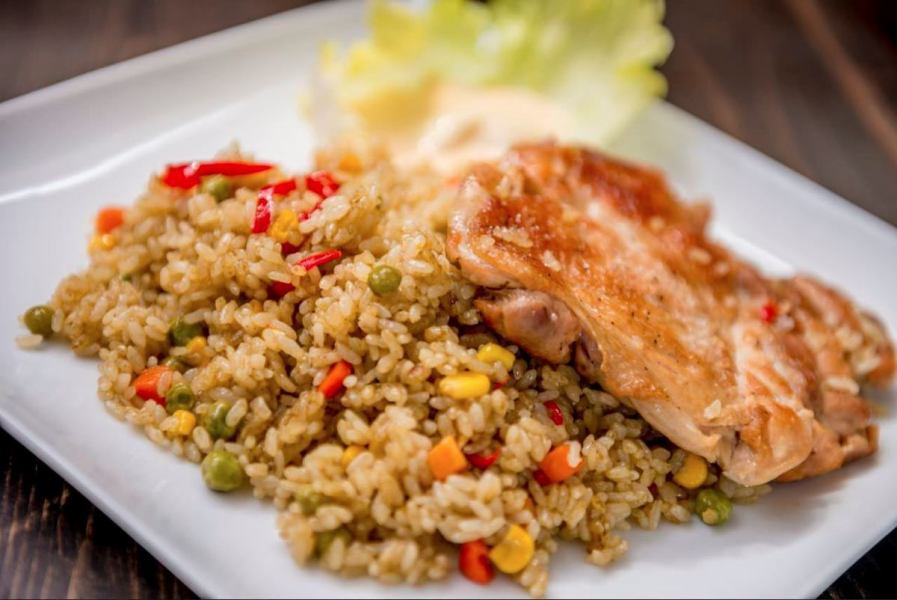 Herb Chicken Rice (Allos Composo)