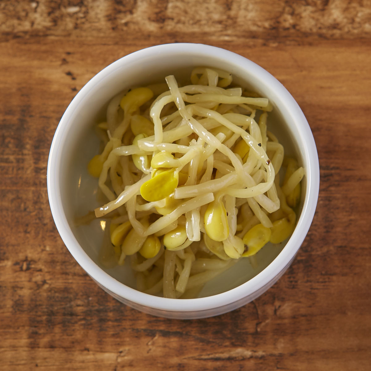 Bean sprouts namul