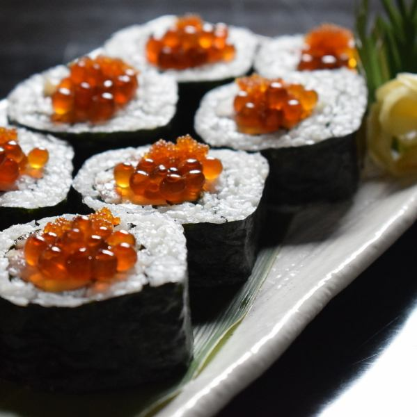 【海鮮濃厚的菜餚2500日元】充滿各種海鮮的大量的海鮮,如鮭魚,蝦等,是滿量的!