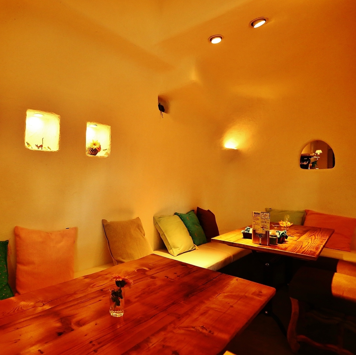 Kamakura seat of relaxing space.You can sit for 10 - 12 people.