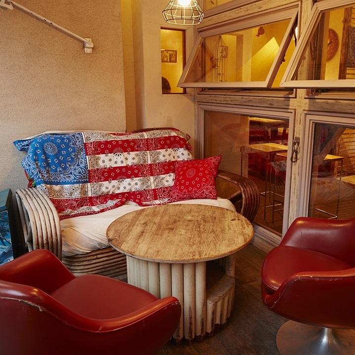 受欢迎的露台座位☆和舒适的空间......