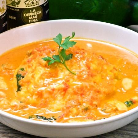 Seafood tomato cream omelet rice