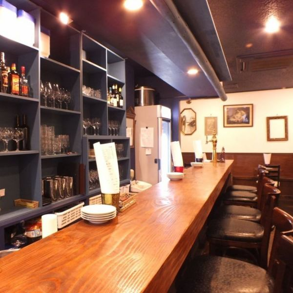 On the day I want to drink chillin, a spacious counter seat is best ♪ In the calm down light of the down light, it can be used for various scenes such as company return and girls' society · date.In a private space, you can enjoy your conversation to your heart 's content.
