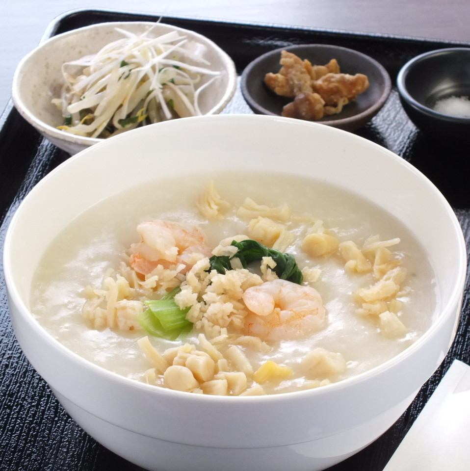 【Higashi Umeda 7 min walking】 Gentle and delicious meal in the body! Nishitenma's hideout shop ♪