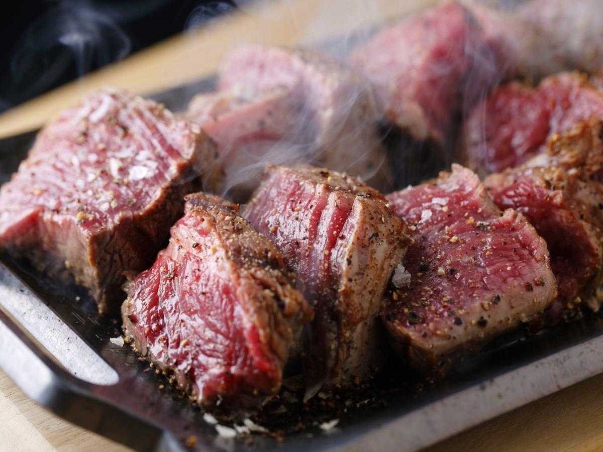 請體驗精心挑选和購買的真肉,例如日本牛肉,紅牛肉♪