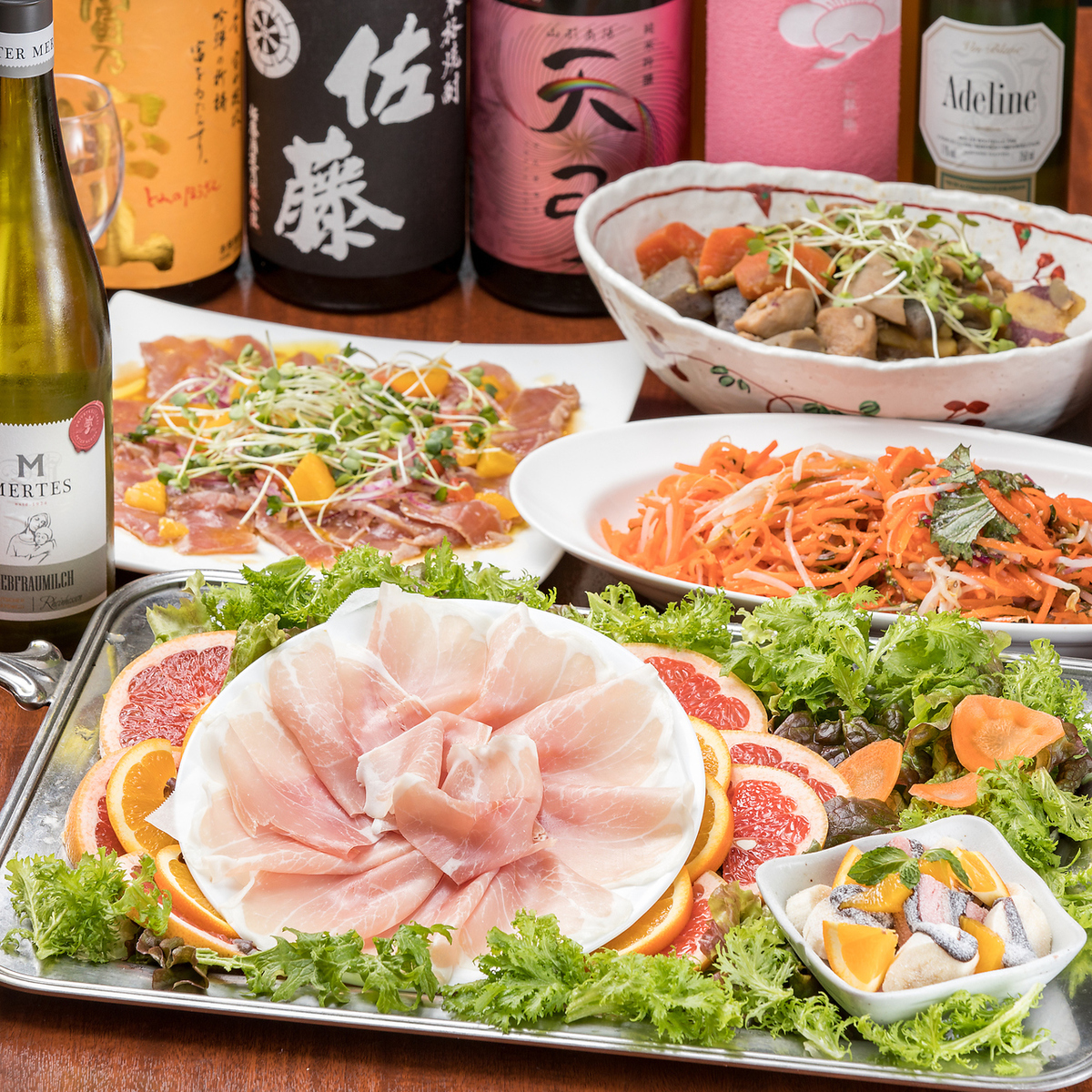 【2 minutes walk from Tokyo station】 ☆ creative cuisine of adultery with buffet ☆